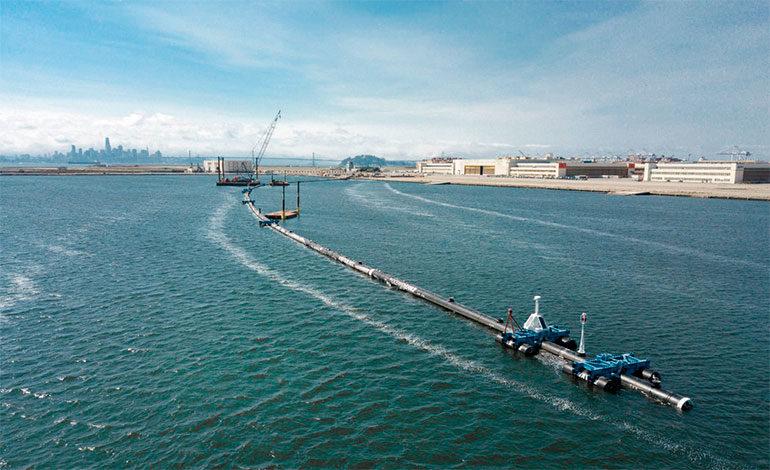 Usan nuevo sistema para recolectar basura en océano Pacífico