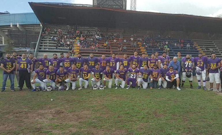 Centauros campeón del Tegucigalpa Bowl