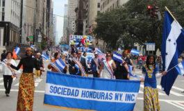 """Al ritmo de la punta hondureños destacan en tradicional """"Desfile de la Hispanidad"""" (Video)"""