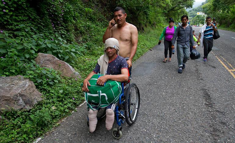 El drama de hondureños en la caravana del migrante en imágenes