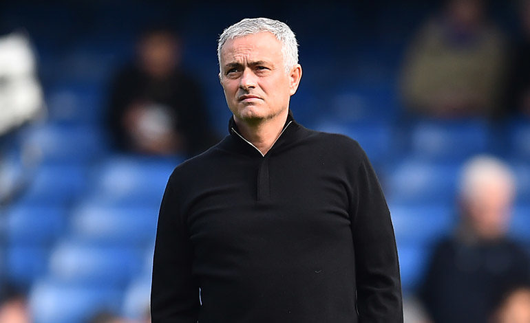 """Mourinho: """"Cuando yo pierdo, no añaden seis minutos de descuento"""""""