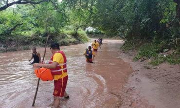 Continúa la búsqueda de septuagenario que fue arrastrado por río en Comayagua