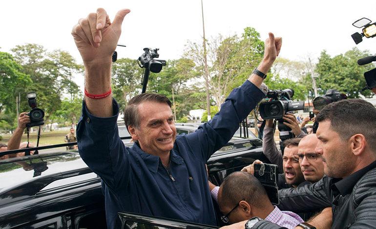 Brasil: Jair Bolsonaro obtiene el 46 % y Fernando Haddad 28 % con el 93 % escrutado