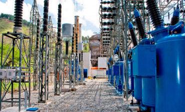 Investigan 40 contratos de energía