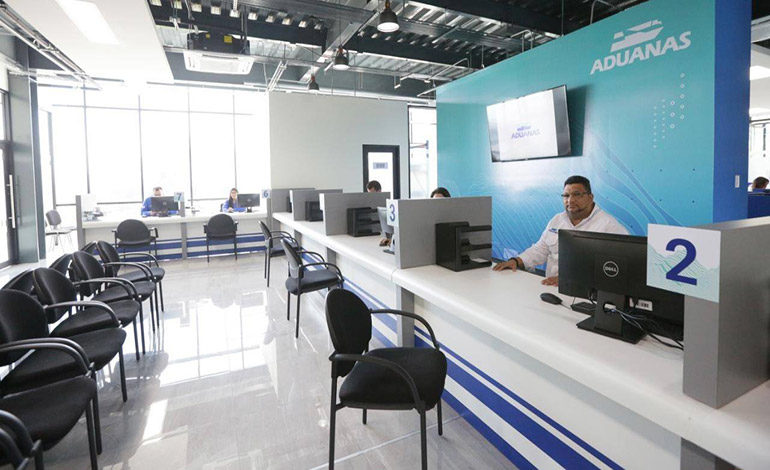 Presidente Hernández inaugura Oficina Regional de Aduanas