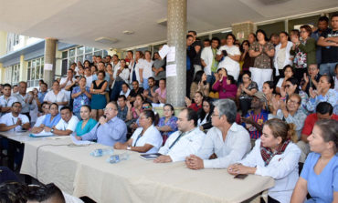 Paro de médicos por crisis en HEU obliga a cambiar directores