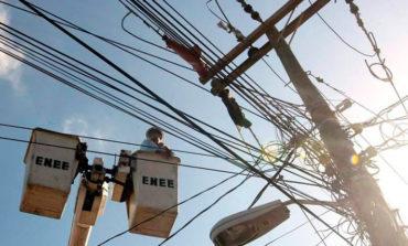 Anuncian revisión de tarifas eléctricas