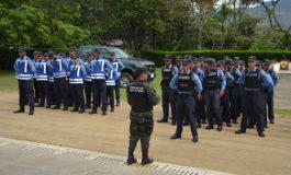 Fiscales, policías y militares inician operativos navideños