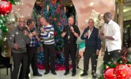 Ministerio Musical Amor y Fe junto al Cardenal Rodríguez entonan villancico navideño (Video)