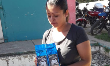 Con café procesado compensan bajo precio por quintal de grano