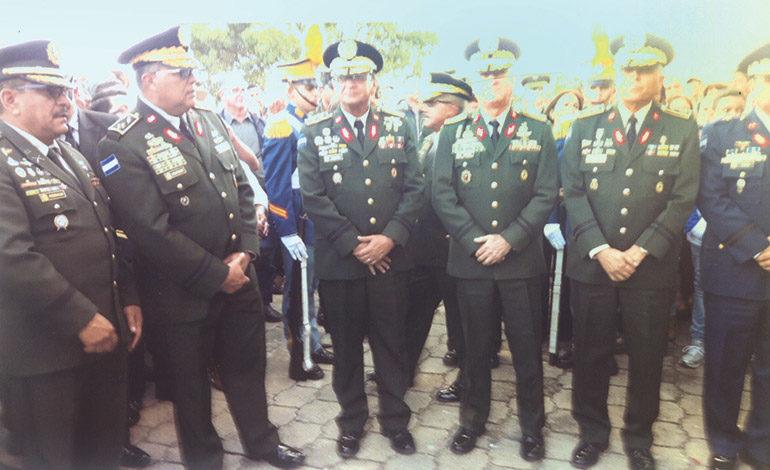 Roberto Suazo Córdoba brindó grandes aportes a las FFAA