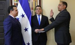 Mario Martínez es juramentado como nuevo director del ICF