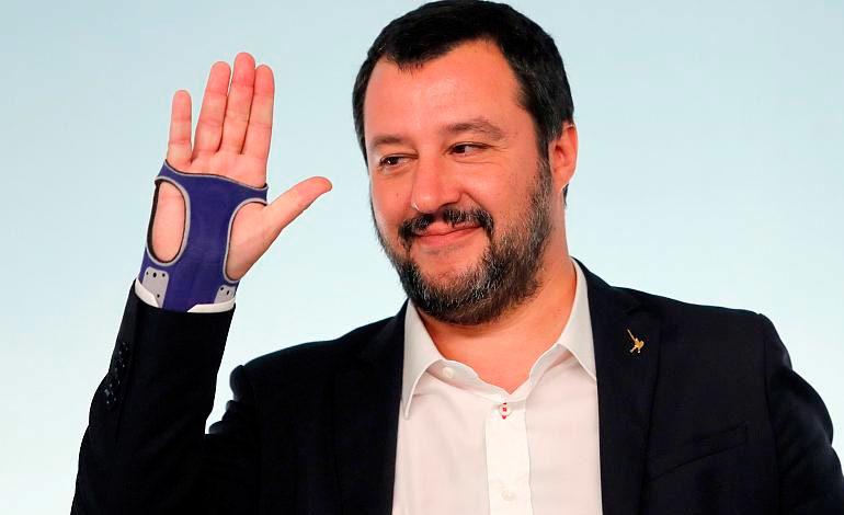 Salvini convocará a responsables de clubes de fútbol y de grupos aficionados