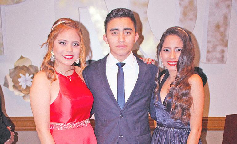 Angélica Nicol Rosado, Danilo Matute, Dariela Licona.