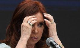 Retiran cuadros de la casa de Cristina Fernández por una orden judicial