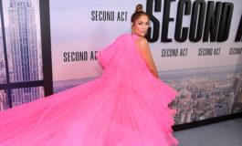 """Jennifer López dice que se identifica con su nuevo personaje en """"Second Act"""""""
