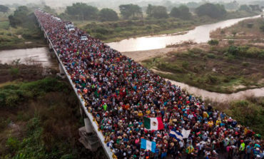 El Salvador asegura a Trump que se esfuerza para disminuir la migración irregular