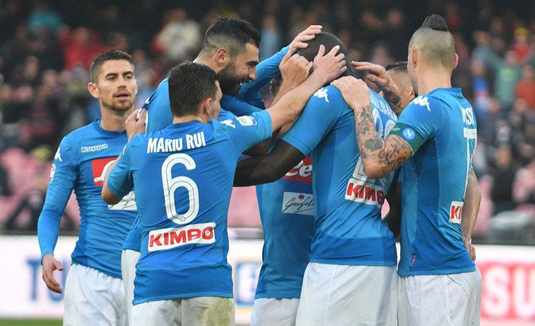 """Inter-Nápoles ilumina el primer """"Boxing Day"""" italiano"""