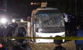 Tres muertos y 11 heridos en una explosión en un bus cerca de las pirámides de Guiza