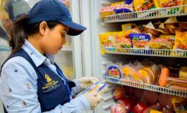 El consumidor debe revisar los productos que va consumir en Navidad
