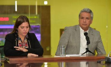 Vicepresidenta de Ecuador renuncia en medio de indagación por cobros indebidos
