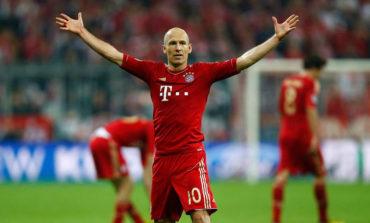 Robben, lesionado, no viaja con el Bayern para partido contra el Ajax