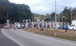 Pobladores de Soroguara se toman carretera CA-5 exigiendo más seguridad (Galería)