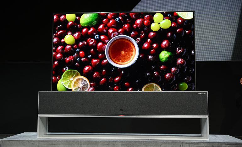 LG sacará al mercado este año un televisor que se enrolla sobre sí mismo