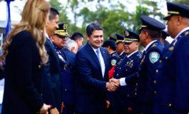 """Presidente Hernández: """"Debemos mantenernos firmes en el camino de la paz"""""""