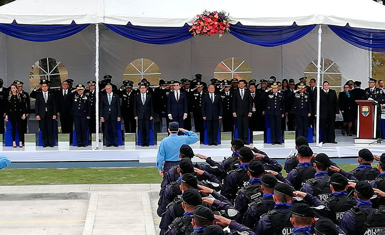 Ascienden a 93 oficiales de la Policía Nacional