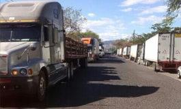 Transportistas de carga protestan en Danlí, El Paraíso