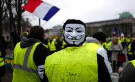 """Los """"chalecos amarillos"""", bajo tensión, de nuevo en París yotras ciudades de Francia"""