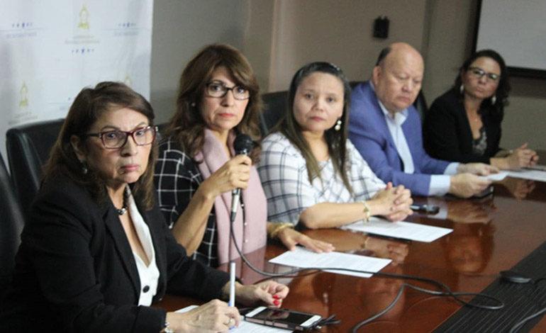 Comisión de salud revisará problemas en 66 plazas