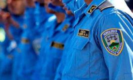 Excluidos de ascensos 20 oficiales de policía