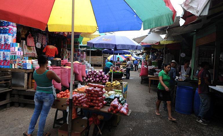 Estable el precio de alimentos en mercados