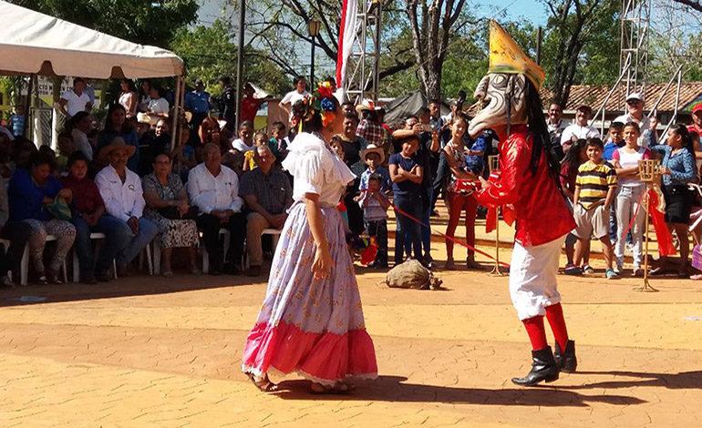 Marcovianos de fiesta en 139 aniversario de fundación