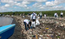 Honduras y Guatemala luchan contra contaminación en el río Motagua