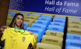 Marta rompe el techo de cristal en el fútbol y se instala en el Maracaná