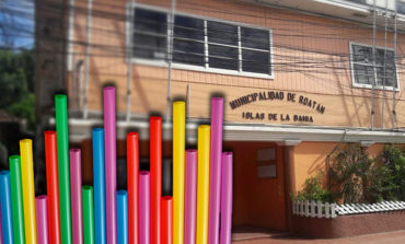 Alcaldía de Roatán prohíbe el uso de pajillas en restaurantes y cafeterías (Video)
