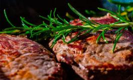 Foro de Davos asegura que dejar de comer carne puede salvar millones de vidas