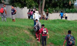 Honduras asegura frontera con Guatemala para evitar paso de caravana migrante