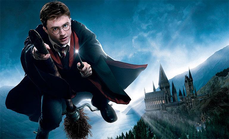 Actor de Harry Potter cumple sueño de niña mexicana con cáncer