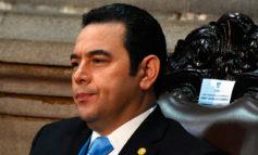 Exigen renuncia de presidente guatemalteco señalado de frenar lucha anticorrupción