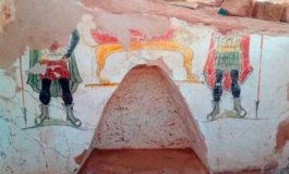 Hallan tumbas de era romana en el desierto de Egipto