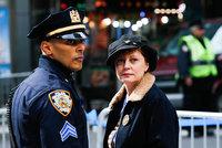 Susan sarandon arrestada en una protesta contra trump landscape