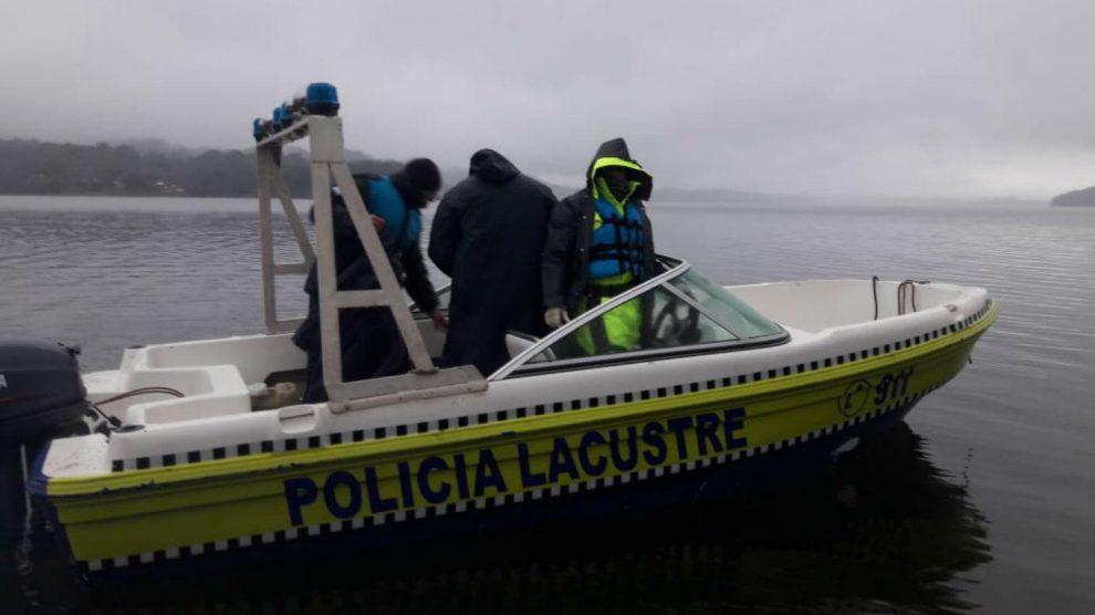 Policia lacustre