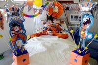 A pura fiesta medicos atienden danielito se encargaron ambientar sala terapia intensiva conseguir disfraz 816450 161640