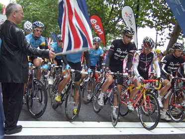 Peter Hendy, Commissioner for Transport in London, starts Stage One of the Tour of Britain