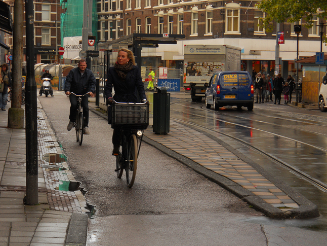protected cycle lanes