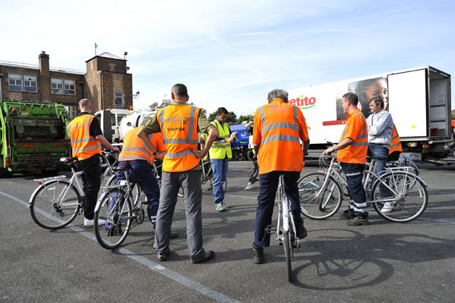 Cyclist awareness training for lorry drivers